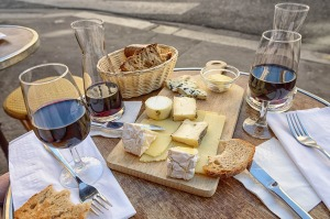 fromage et vin_wine and cheese_intolérance_lactose