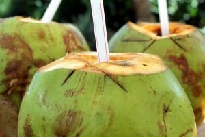 eau de coco_superfood_super aliment_manger équilibré